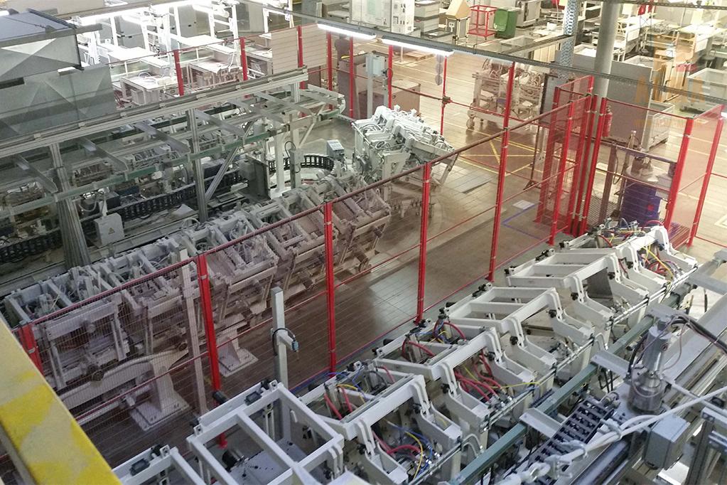 Współpraca z firmą Hennecke przy montażu nowych linii do produkcji pianek